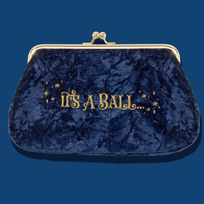 necessaire its a ball